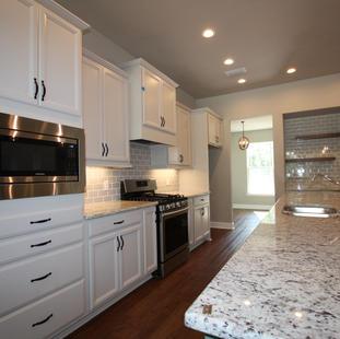 9310 (04) Kitchen.JPG