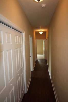 9254 Lascaster II (12) Hallway.jpg