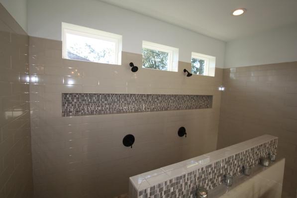 9263 (00) Master Bathroom Shower.JPG