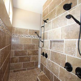 9251 (19) Master Bathroom Shower.JPG