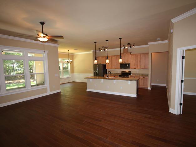 9249 Open Living Room Windows