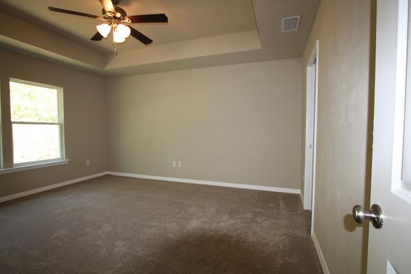 9270 (03) Master Bedroom.JPG