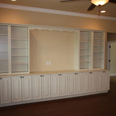 9250 (12) Living Room Built-in.JPG