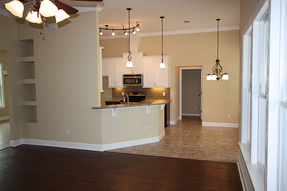9254 Living Room and Kitchen