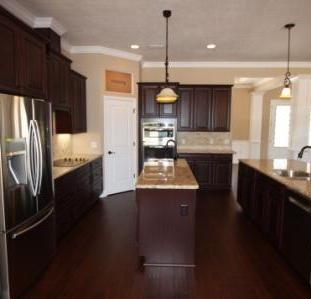 9251 (13) Kitchen.JPG