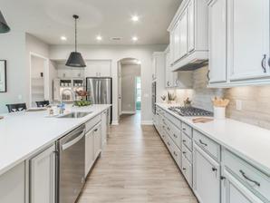Augusta 10 Kitchen