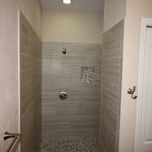 9253 West Palm (14) Master Bathroom Show
