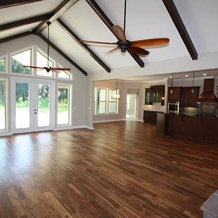 9259 (00) Living Room.JPG
