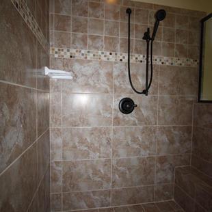 9249 Memphis (30) Master Bathroom Shower