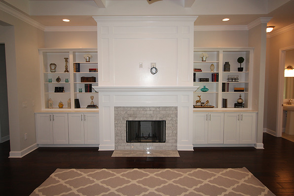 9260 (03) Living Room Fireplace.JPG