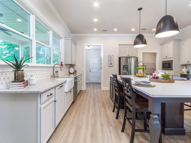 9315 Kitchen (Left)