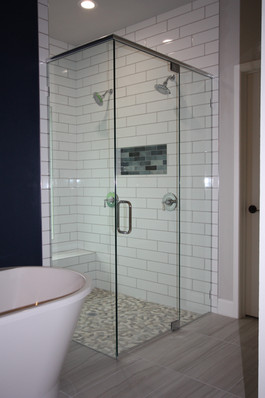9316 (10) Master Bathroom.JPG