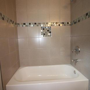 9289 (17) Bathroom 2.JPG