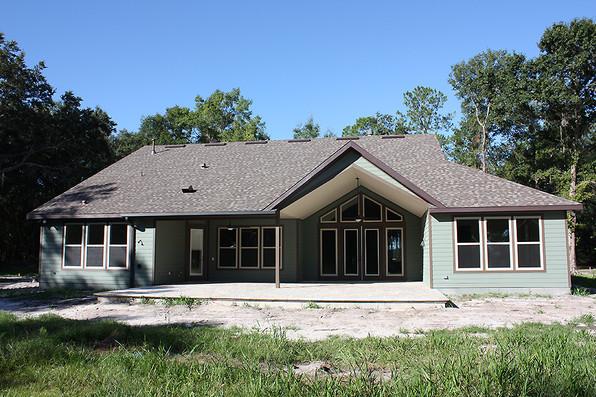 9259 (17) Porch.JPG