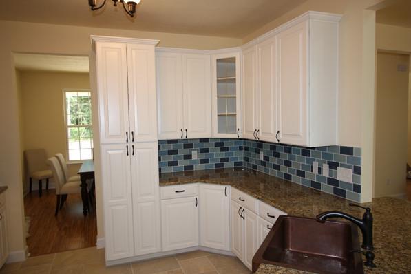 9246 Amelia Kitchen