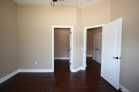 9251 (23) Bedroom 3.JPG