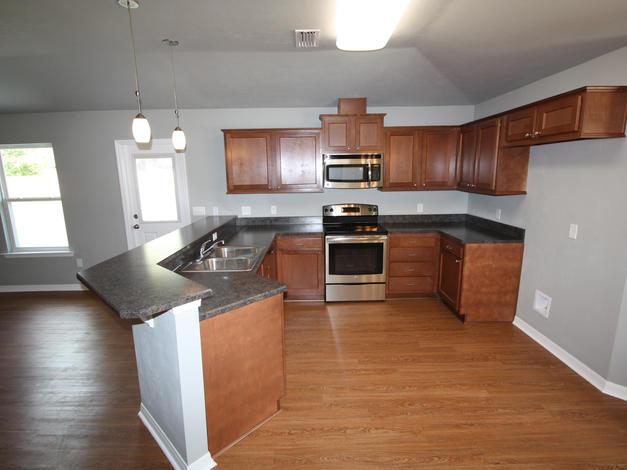 1027 Kitchen