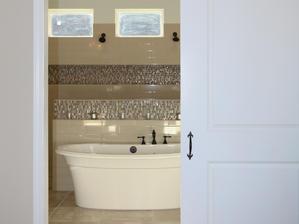 9263 Master Bathroom Barn Door