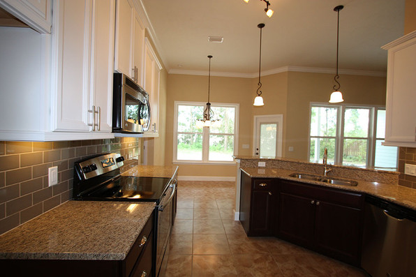 9254 Lascaster II (08) Kitchen.jpg