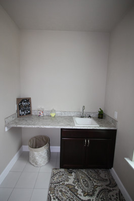 9262 (13) Laundry Room.JPG