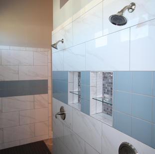 9261 (18) Master Bathroom Shower.JPG