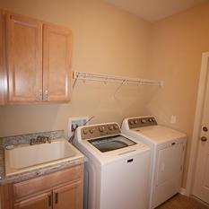 9253 West Palm (11) Laundry Room.JPG