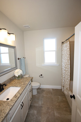 9263 (19) Bathroom Three.JPG
