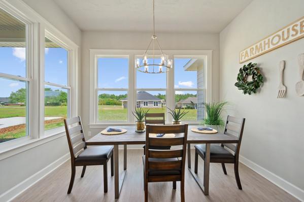 9309 (06) Dining Room.jpg