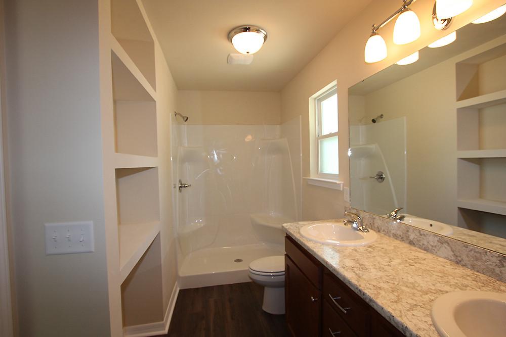 1031 Master Bathroom