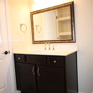 9267 (20) Bathroom 3.JPG