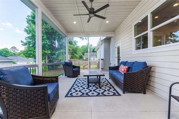 9315 (22) Back Porch.JPG