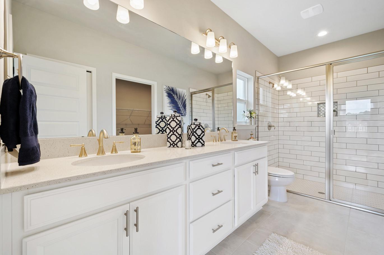 9309 Master Bathroom