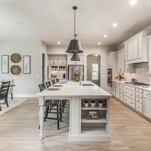 9323 (07) Kitchen.jpg