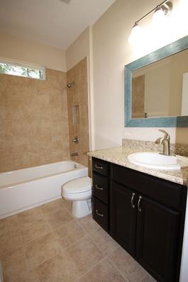 9253 West Palm (17) Bathroom 2.JPG
