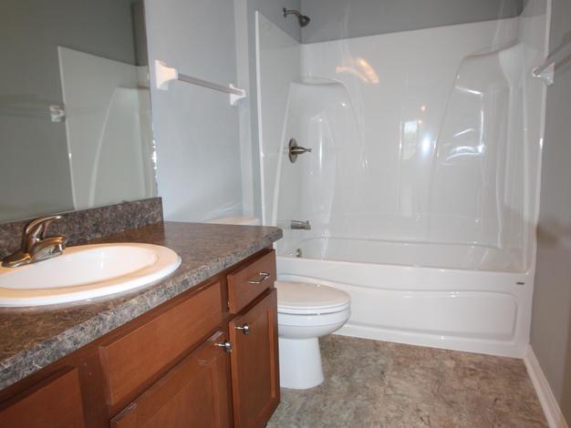 1027 Bathroom