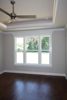 9295 (09) Master Bedroom.JPG
