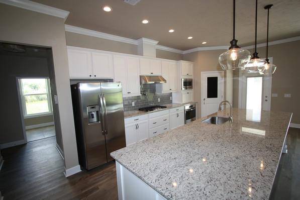 9271 (05) Kitchen.JPG