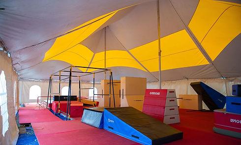 Chapiteau Installation de camp de parkour Camp de vancaces ParkourRep Camps Rep