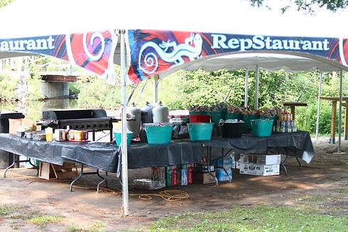 Installation camp de gymnastique Restaurant Repstaurant Camps Rep