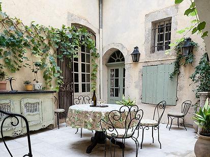 courtyard03.jpg