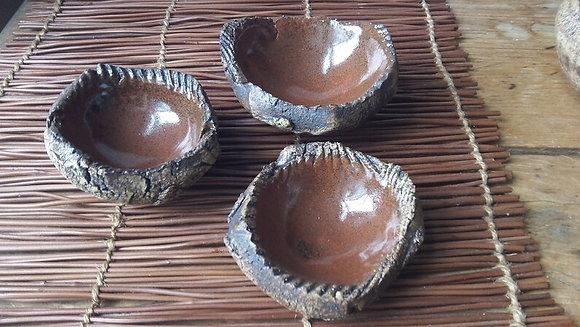 Set of 3 Nesting Stone Dishes - rusty red/orange