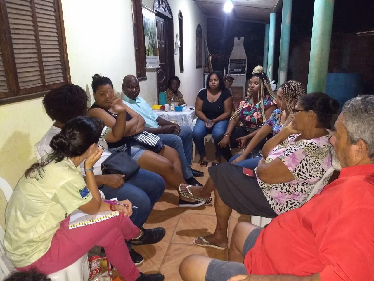 Reunião do Projeto de Base Comunitária na comunidade quilombola de Botafogo em Cabo Frio, RJ.