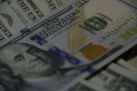 100%2520US%2520dollar%2520banknote_edite