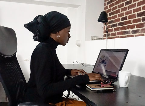 Maria-La-Plume-Redactrice-web-Consultant