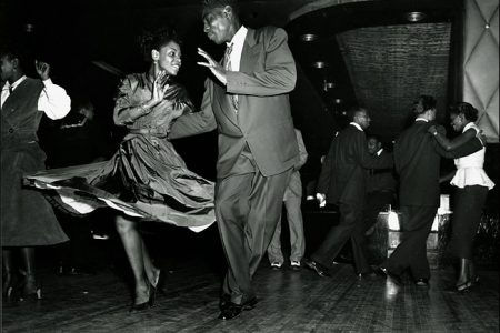 lindy-hop-dancing-black-and-white-450x30