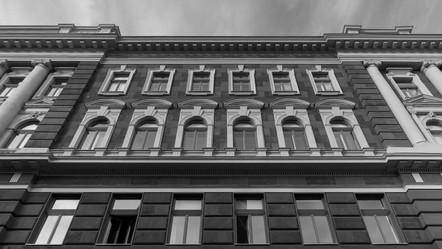 NEUSCHLOSS PALACE | BUDAPEST