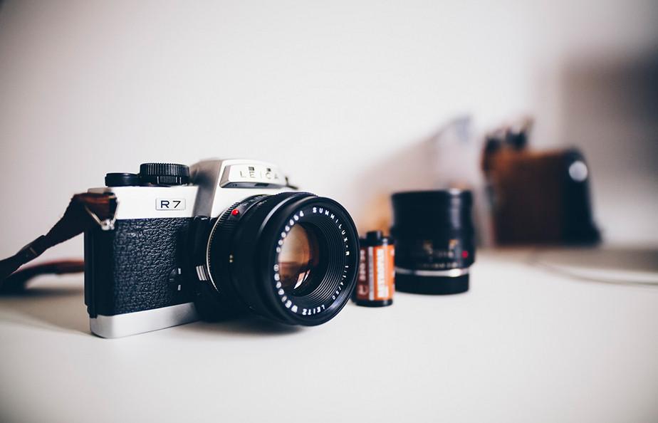 street photography 35mm leica camera