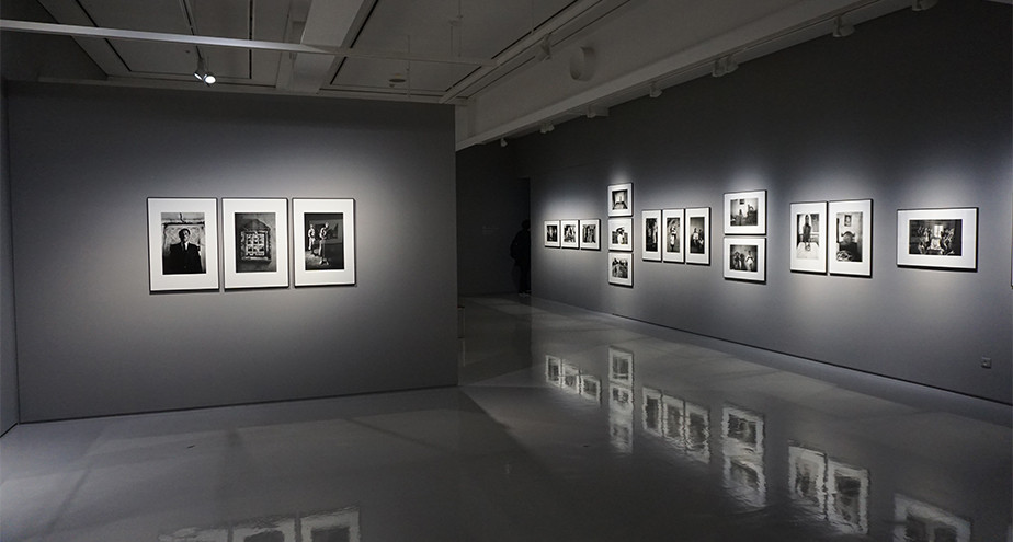 photography art gallery exposition