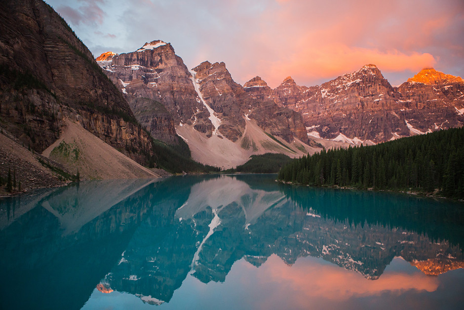 sunrise reflection at lake moraine, canada