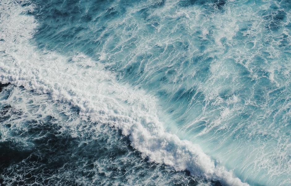 analogous color scheme blue turquoise ocean waves